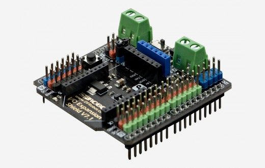 Gravity: IO Expansion Shield for Arduino v 7.1
